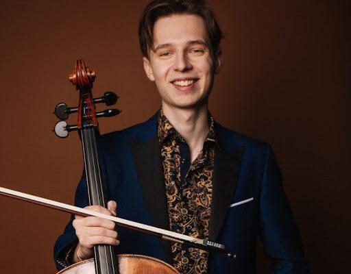 Виолончелист Иван Сканави: «Музыка — на первом месте. Остальное — как сложится».