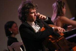 24 сентября в Камерном зале Московской филармонии даст концерт Александр Рамм.