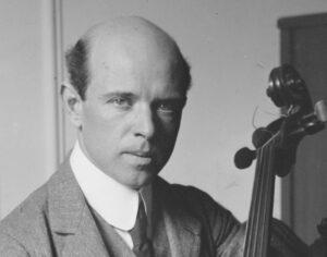 Пабло Казальс. Краткие биографии знаменитых виолончелистов.