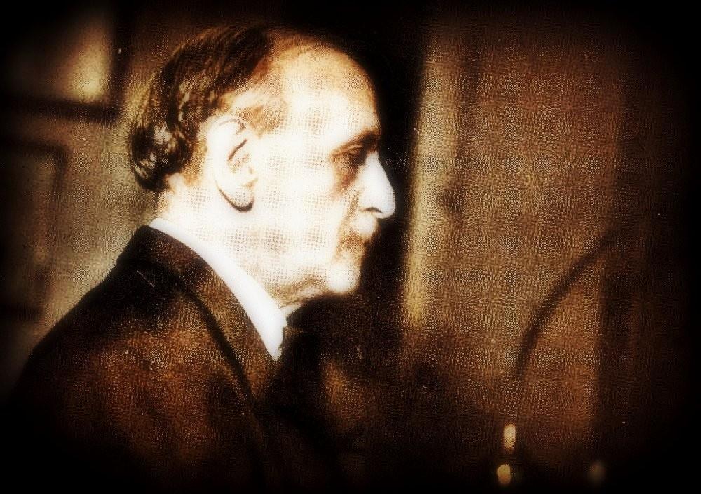 8 октября. Луи Виктор Жюль Вьерн.