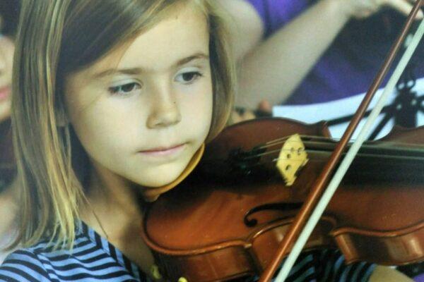 10 причин учить ребёнка музыке.