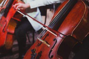 """Мария Журавлёва: """"Даже если ребенок не станет известным виолончелистом, музыка может пробудить в нем другие таланты""""."""