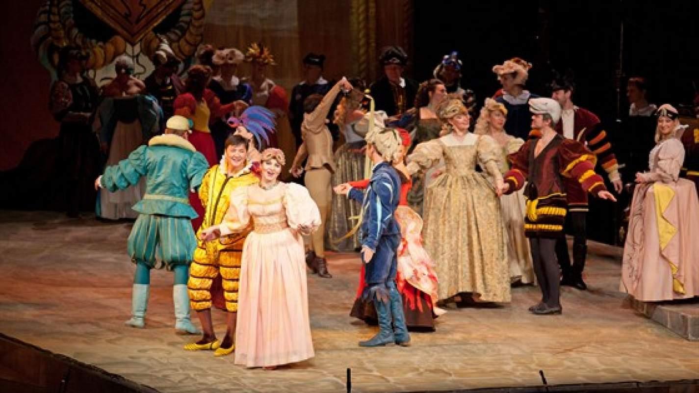 11 марта. Премьера оперы Джузеппе Верди «Риголетто».